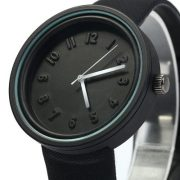 montre-noir-minimaliste-4