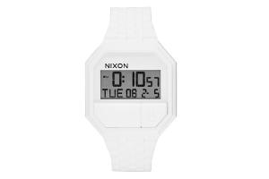 montre-nixon-300