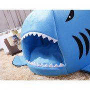 niche-requin-pour-chien-chat-3